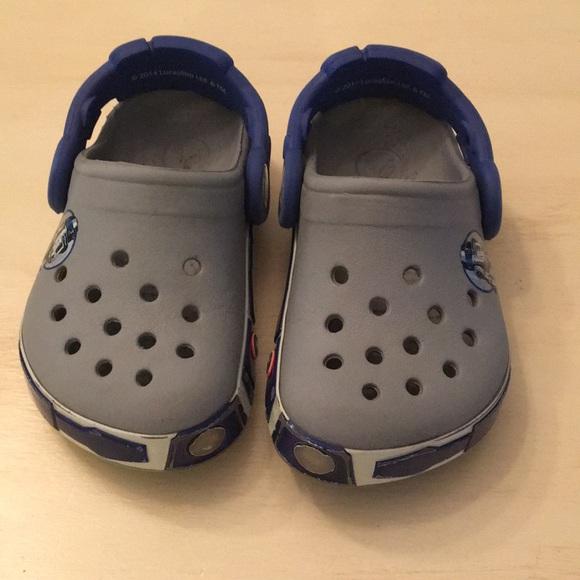 baby boy crocs size 4
